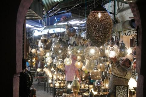 Lampes d'Aladin dans les souks de Marrakech